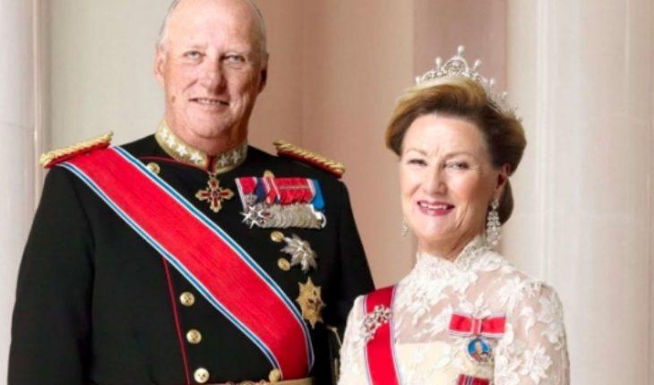 """En Magallanes acusan """"operación política"""" para debilitar movimiento contra salmoneras ante visita de reyes noruegos"""
