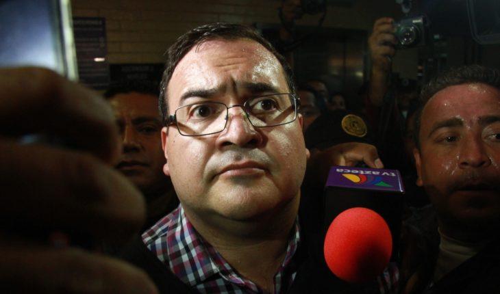 FGR tiene 26 casos pendientes por desvíos de Javier Duarte