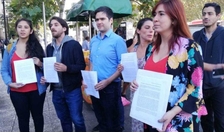 Frente Amplio entregó carta a Sebastián Piñera por visita de Jair Bolsonaro