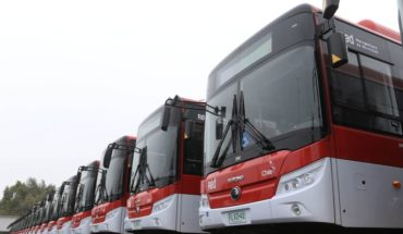 Gobierno presentó los 100 nuevos buses eléctricos del sistema RED