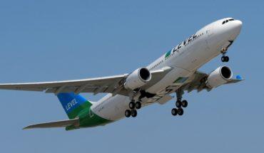 Llega a Chile aerolínea low cost para viajar entre Santiago y Barcelona