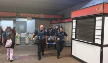 Metro Mixcoac stairs failure leaves eight injured