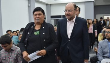 """Ministro Moreno tras conversatorio con ministra maorí: """"Sí se puede cambiar la historia y que haya desarrollo para todos"""""""