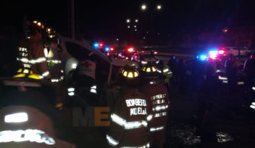 Muere un hombre y quedan dos lesionados, al volcar un auto cerca de la plaza El Relicario, de Morelia