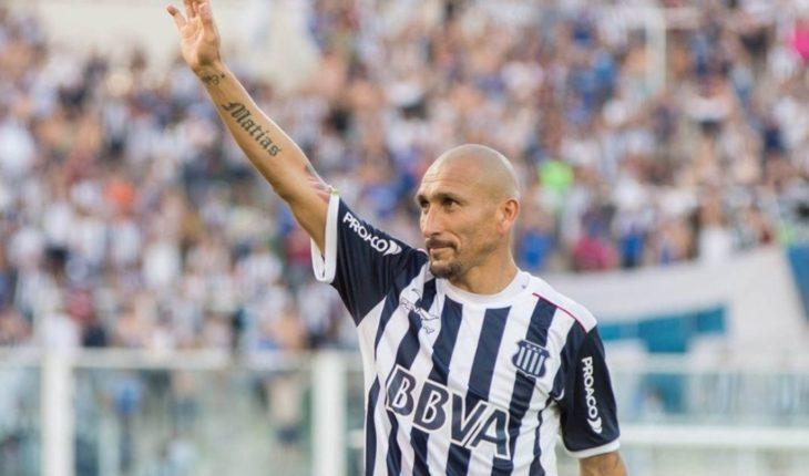 Pablo Guiñazú announced his retirement from soccer