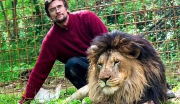 Raising Lions at home and his father found him dead in a cage