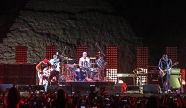 Red Hot Chili Peppers da show en las Pirámides de Egipto