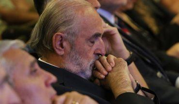 """""""Un insulto a la inteligencia"""": exfiscal Carlos Gajardo cuestiona las explicaciones de Abbott y Letelier sobre su polémica cita"""