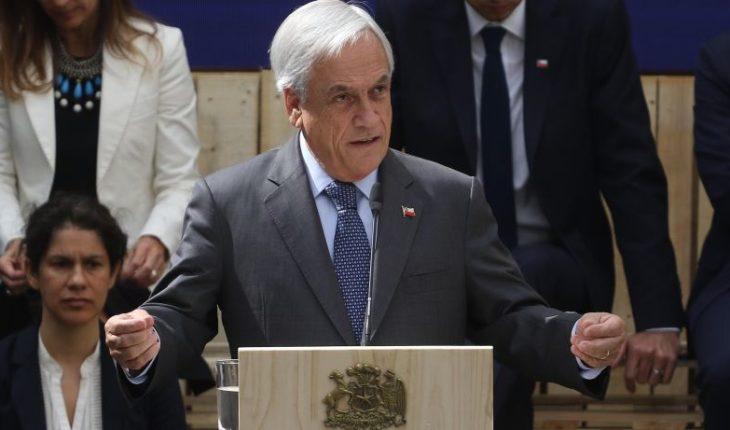 Aprobación de Piñera se mantiene en un 36%