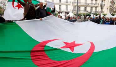 El Parlamento argelino elegirá el martes al presidente interino tras la dimisión de Buteflika