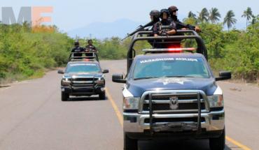 Ex autodefensa resulta herido al enfrentarse a tiros contra policías en Aquila, Michoacán