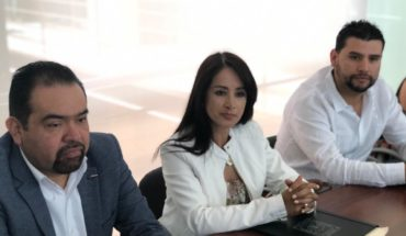 Firma Lucila Martínez convenio con la Congregación Mariana Trinitaria