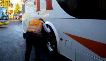 Inician masiva fiscalización en buses interurbanos por Semana Santa