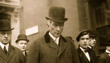 La doble cara de John D. Rockefeller, el multimillonario magnate del petróleo que fue pionero en la construcción de un monopolio