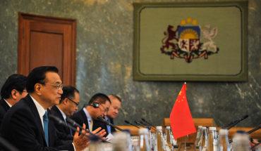 Li Keqiang, primer ministro de China, durante cumbre China-CEEC 16+1 en Letonia (2016). Foto: Valsts kanceleja/ State Chancellery Latvia (CC BY-NC-ND 2.0). Blog Elcano