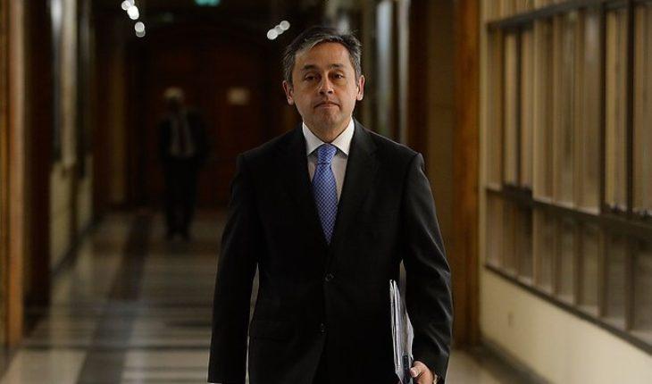 Quiebre en la familia real evangélica: diputado Durán renuncia a junta de catedral tras diferencias con su padre obispo