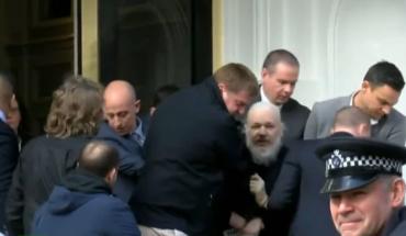 Scotland Yard detiene a Julianne Assange desde Embajada de Ecuador en Londres