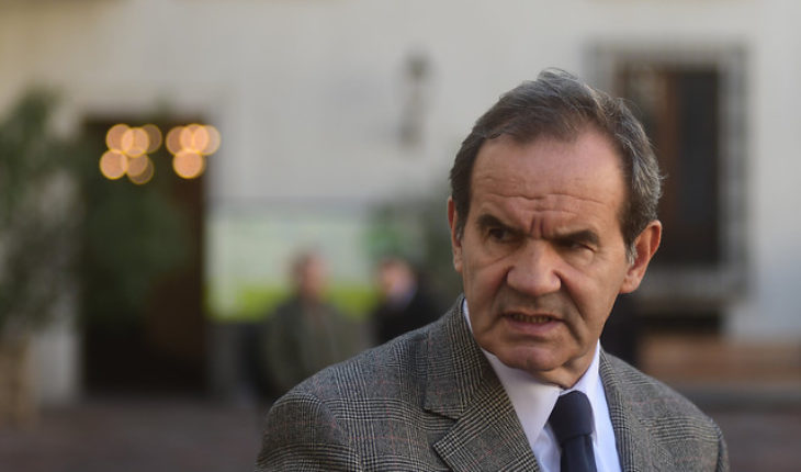 """Allamand low pressure front possible ministerial adjustment: """"I see no reason for a change of Cabinet"""""""