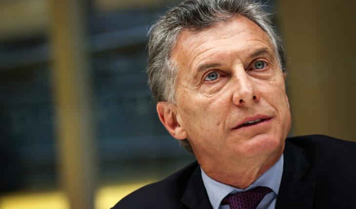 Argentina congela precio y Macri busca apaciguar a electorado