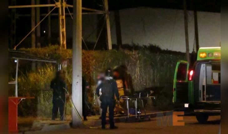 Balean a man and his stepson to steal a motorcycle, in Zamora, Michoacán
