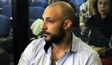 Farina denied that his statements have been scripted
