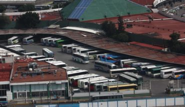 Four companies dominate the routes of buses in Mexico