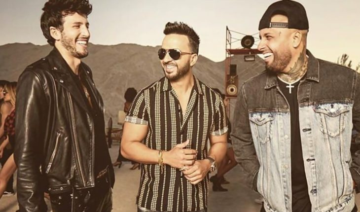 "Luis Fonsi, Sebastián Yatra and Nicky Jam present ""Give it back"""