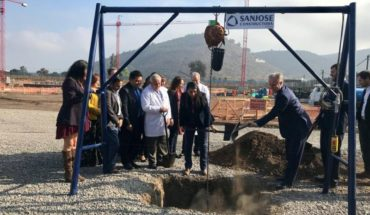 Minister Santelices spearheaded the cornerstone of Melipilla Hospital
