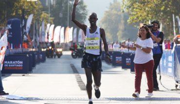 The Kenyan Jacob Kibet wins the marathon of Santiago with superiority