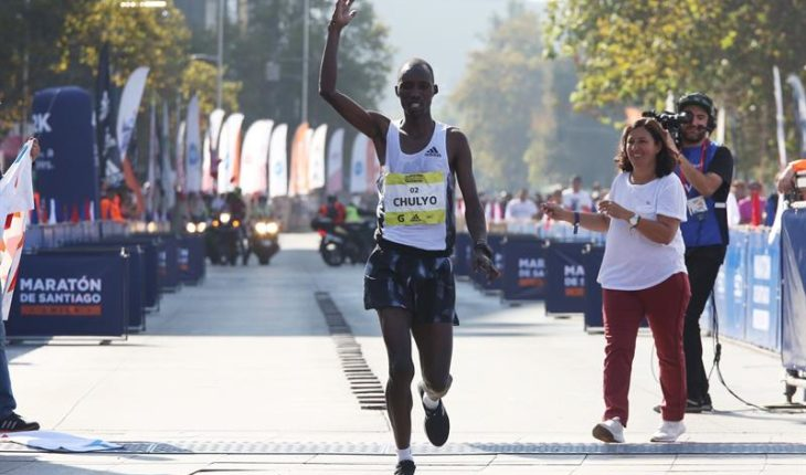The Kenyan Jacob Kibet wins the marathon of Santiago with superiority