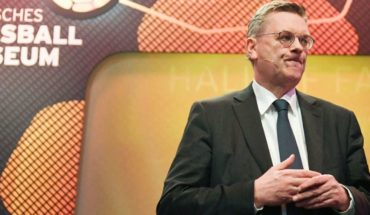 The President of the German Football Federation resigned for a costly gift he received