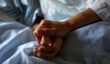 The assisted suicide of a woman revives the debate on euthanasia in Spain