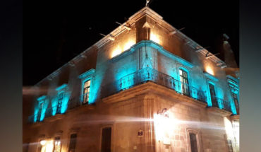 To commemorate the world autism day, illuminate blue