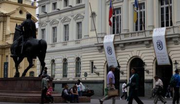 Una propuesta de orientación para el Frente Amplio: parlamentarios al servicio de muncipalidades pos-neoliberales