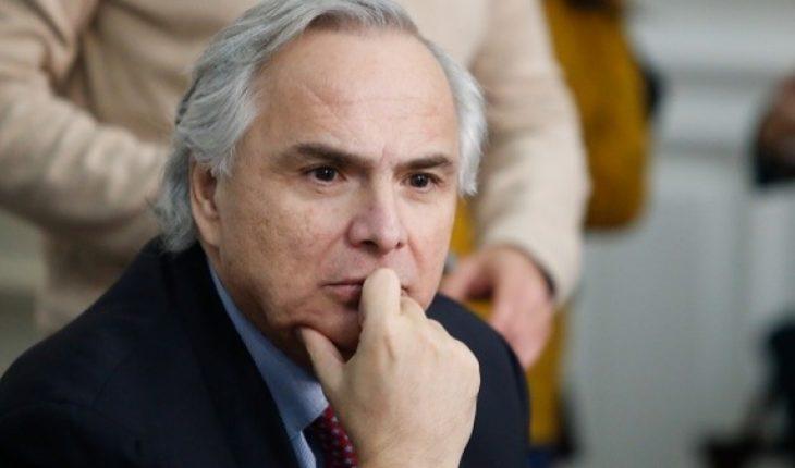 """""""¿Y ahora quién compensa el enorme daño causado?"""": Chadwick apunta a la oposición tras dictamen de Contraloría por viaje de hijos de Piñera a Asia"""