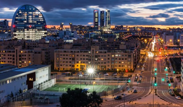 A pesar de todo, buenas noticias sobre la inversión extranjera en España. Madrid norte desde Las Tablas. Foto: A.J. Paredes (CC BY-NC-ND 2.0). Blog Elcano