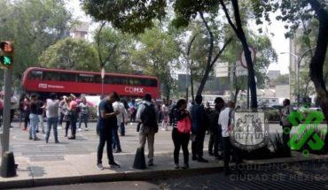Beneficiarios de Jóvenes Construyendo el Futuro protestan por retraso en pagos