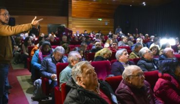 Colegio de Profesores iniciará paro indefinido en rechazo a respuesta del Mineduc por petitorio docente