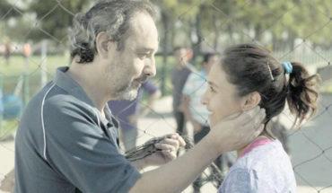 """Daniel Muñoz: """"Alexis Sánchez en el fondo es la luz de esta historia, que va poniéndose cada vez más oscura"""""""