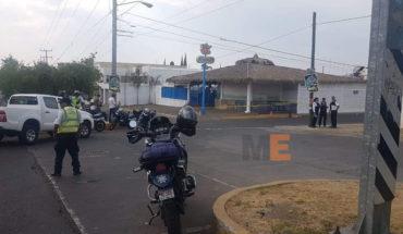 Detienen a tres hombres armados, tras agresión a balazos por fuera de Mariscos El Pirata, en Morelia