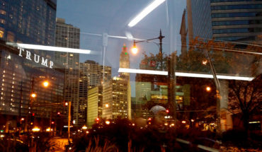 El mundo de suma cero en la edad de la ansiedad. Trump Tower en Chicago. Foto: SomeDriftwood (CC BY-NC 2.0)