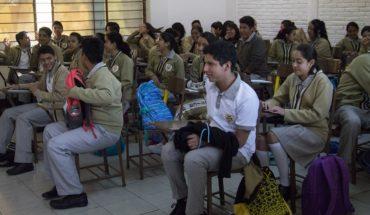 Estudiantes de primaria y secundaria recibirán beca en CDMX