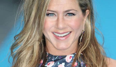 Jennifer Aniston sorprendió con topless a sus 50 años