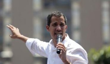 """Juan Guaidó insiste en que: """"todas las opciones están sobre la mesa"""""""