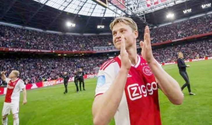 La novia de Frenkie De Jong, shockeada: así lo despedían los hinchas del Ajax en su último partido