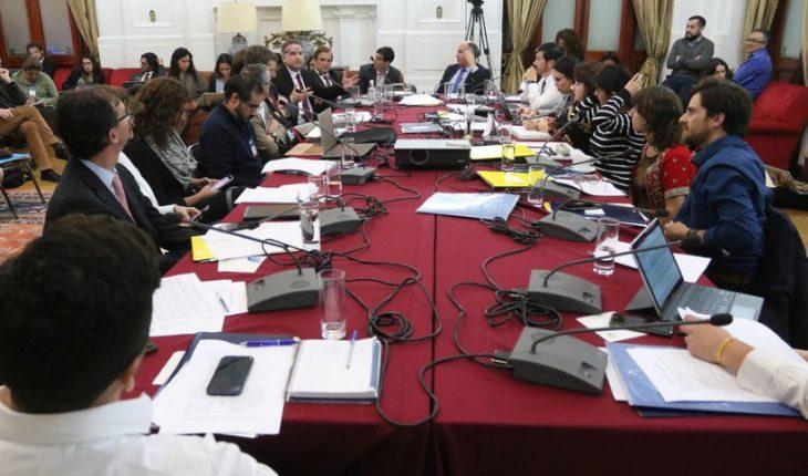 """Ministra Cubillos y rechazo de Admisión Justa: """"Se le ha dado un portazo a miles de familias de clase media"""""""