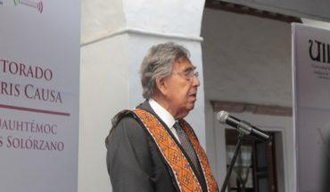 Recibe Cuauhtémoc Cárdenas, Doctorado Honoris Causa en Pátzcuaro, Michoacán