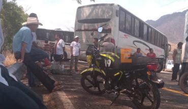 Soldados y pistoleros se enfrentan a balazos en La Huacana, Michoacán, dos civiles heridos por balas perdidas