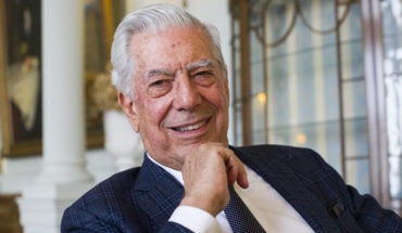 AMLO puts at risk the democratic system in Mexico: Mario Vargas Llosa