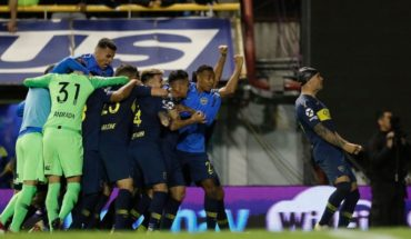 Boca eliminated Vélez in the penal and went on to the semifinal of the Super League Cup